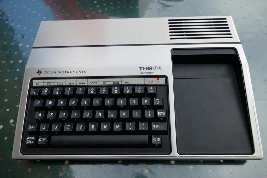 TI99/4A P1000152
